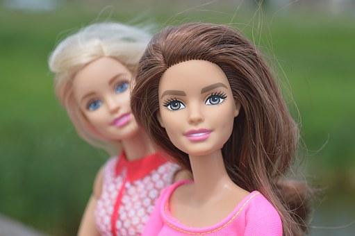 dolls-1497805__340